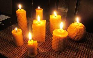 Свещи от пчелен восък