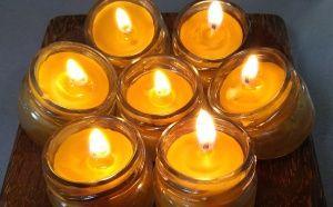 Свещи в бурканче